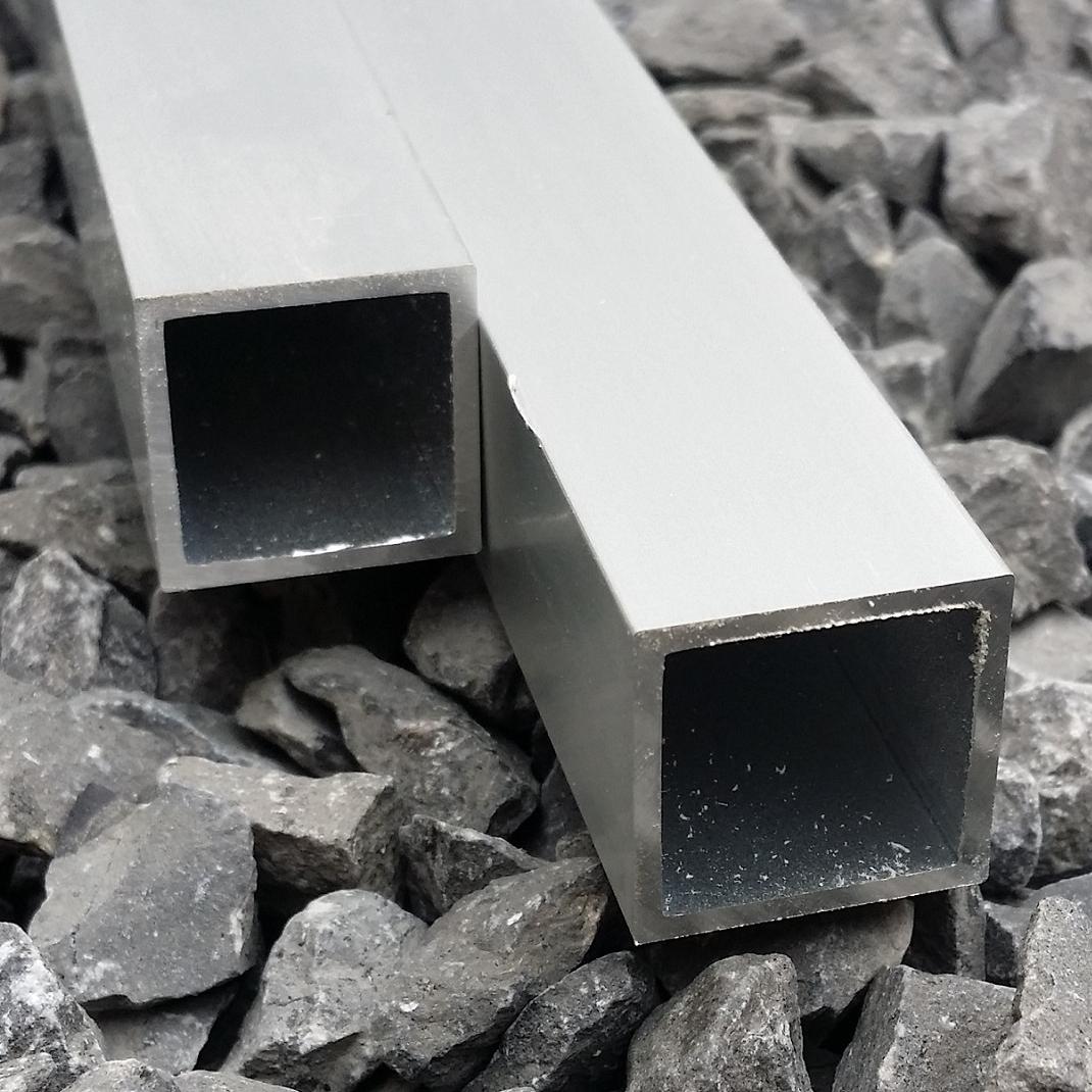 Aluminium koker 20 x 20 x 1.5 mm